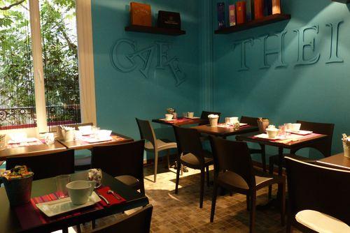 salle des petits déjeuners Hôtel Azur